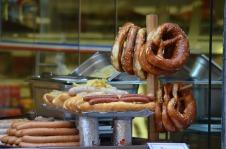pretzels-1663462_1280